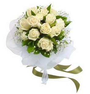 Gaziantep internetten çiçek siparişi  11 adet benbeyaz güllerden buket