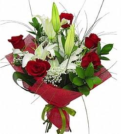 1 dal kazablanka 5 kırmızı gül buketi  Gaziantep çiçek siparişi sitesi