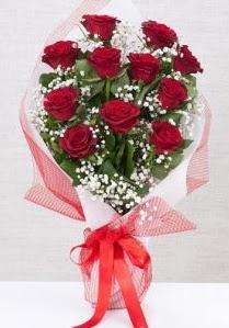 11 kırmızı gülden buket çiçeği  Gaziantep çiçekçi telefonları