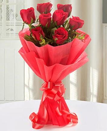 9 adet kırmızı gülden modern buket  Gaziantep online çiçek gönderme sipariş