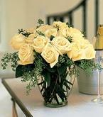 Gaziantep kaliteli taze ve ucuz çiçekler  11 adet sari gül mika yada cam vazo tanzim