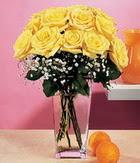 Gaziantep güvenli kaliteli hızlı çiçek  9 adet sari güllerden cam yada mika vazo