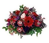 Gaziantep güvenli kaliteli hızlı çiçek  sepette mevsim çiçekleri