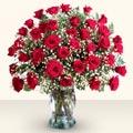 Gaziantep yurtiçi ve yurtdışı çiçek siparişi  33 adet kirmizi gül cam yada mika vazoda