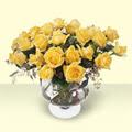 Gaziantep 14 şubat sevgililer günü çiçek  11 adet sari gül cam yada mika vazo içinde