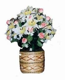yapay karisik çiçek sepeti   Gaziantep hediye çiçek yolla