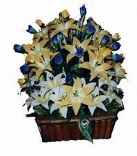 yapay karisik çiçek sepeti   Gaziantep uluslararası çiçek gönderme