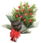 12 adet kirmizi gül buketi   Gaziantep çiçek mağazası , çiçekçi adresleri