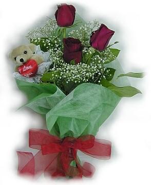3 adet gül ve küçük ayicik buketi  Gaziantep çiçek gönderme sitemiz güvenlidir