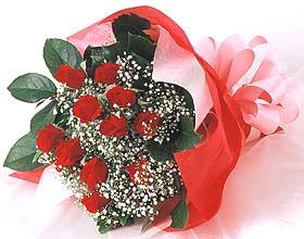 12 adet kirmizi gül buketi  Gaziantep çiçek gönderme sitemiz güvenlidir