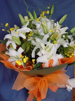 Gaziantep güvenli kaliteli hızlı çiçek  5 ADET KAZABLANKA BUKETI KALITEDEN SASMAYANLARA