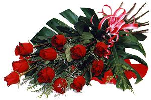 10 adet gül buketi sade ve sik bir haldedir  Gaziantep çiçek mağazası , çiçekçi adresleri