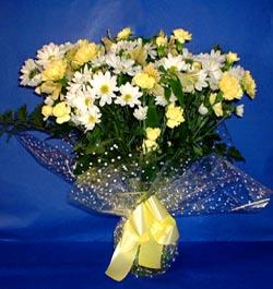 Gaziantep çiçek servisi , çiçekçi adresleri  sade mevsim demeti buketi sade ve özel