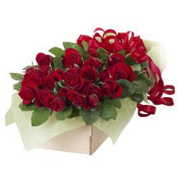 19 adet kirmizi gül buketi  Gaziantep internetten çiçek satışı
