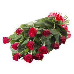 11 adet kirmizi gül buketi  Gaziantep çiçekçiler