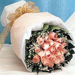 12 adet sonya gül buketi anneler günü için olabilir   Gaziantep online çiçek gönderme sipariş
