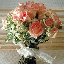 12 adet sonya gül buketi    Gaziantep uluslararası çiçek gönderme