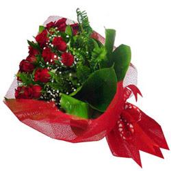 Gaziantep çiçek siparişi sitesi  12 adet kirmizi essiz gül buketi - SEVENE ÖZEL