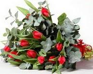 Gaziantep anneler günü çiçek yolla  11 adet kirmizi gül buketi özel günler için