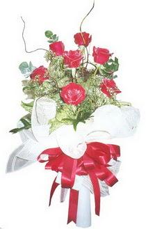 Gaziantep kaliteli taze ve ucuz çiçekler  7 adet kirmizi gül buketi