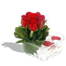Mika kalp içerisinde 9 adet kirmizi gül  Gaziantep hediye çiçek yolla