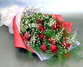 10 adet kirmizi gül çiçegi gönder  Gaziantep çiçek satışı