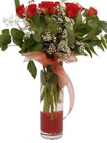 Gaziantep çiçek gönderme  11 adet kirmizi gül vazo çiçegi