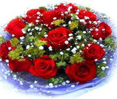 9 adet kirmizi güllerden buket  Gaziantep 14 şubat sevgililer günü çiçek