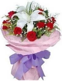 9 adet kirmizi gül 1 adet kazablanka buketi  Gaziantep çiçek mağazası , çiçekçi adresleri