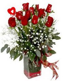 Gaziantep çiçek yolla , çiçek gönder , çiçekçi   9 adet mika yada cam vazoda gül tanzimi kalp çubuk