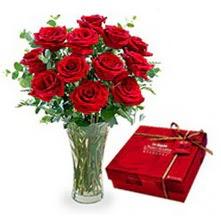 Gaziantep çiçek mağazası , çiçekçi adresleri  10 adet cam yada mika vazoda gül çikolata