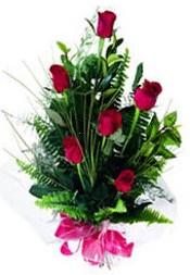 Gaziantep internetten çiçek satışı  5 adet kirmizi gül buketi hediye ürünü