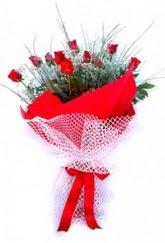 Gaziantep online çiçek gönderme sipariş  9 adet kirmizi gül buketi demeti