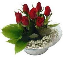 Gaziantep güvenli kaliteli hızlı çiçek  cam yada mika içerisinde 5 adet kirmizi gül
