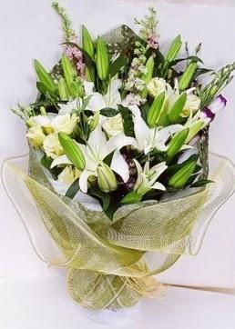 Gaziantep hediye çiçek yolla  3 adet kazablankalardan görsel buket çiçeği