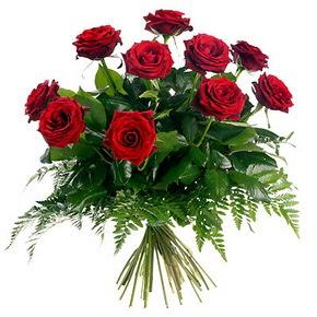 Gaziantep uluslararası çiçek gönderme  10 adet kırmızı gülden buket