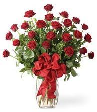 Sevgilime sıradışı hediye güller 24 gül  Gaziantep çiçekçi telefonları