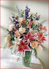 Gaziantep çiçek gönderme sitemiz güvenlidir  Kaliteli vazoda mevsim çiçekleri