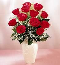 Gaziantep çiçek mağazası , çiçekçi adresleri  9 adet vazoda özel tanzim kirmizi gül