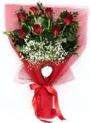 7 adet kırmızı gülden buket tanzimi  Gaziantep çiçek gönderme sitemiz güvenlidir
