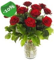11 adet vazo içerisinde kırmızı gül  Gaziantep İnternetten çiçek siparişi