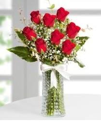 7 Adet vazoda kırmızı gül sevgiliye özel  Gaziantep kaliteli taze ve ucuz çiçekler