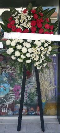 Cenaze çiçeği cenaze çiçek modelleri  Gaziantep kaliteli taze ve ucuz çiçekler