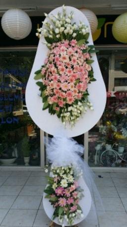 Çift katlı özel şahane sepet çiçeği  Gaziantep 14 şubat sevgililer günü çiçek