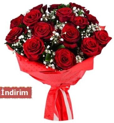 12 Adet kırmızı aşk gülleri  Gaziantep anneler günü çiçek yolla